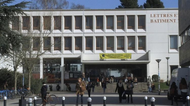 vlipp - L'université : une micro société
