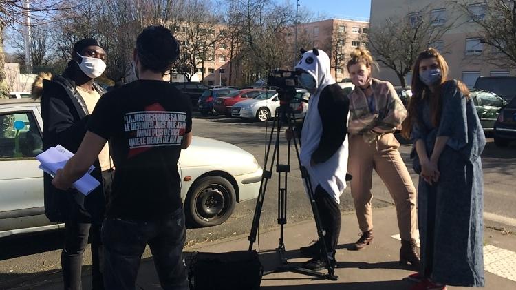 """vlipp - """"Pourquoi j'ai peur"""", le micro-trottoir engagé réalisé par les jeunes du stage vidéo de février"""